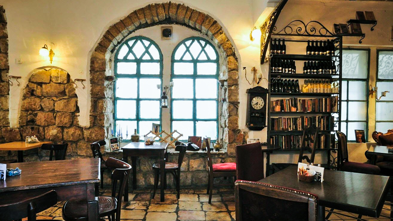 Tmol Shilshom Café, Jerusalem