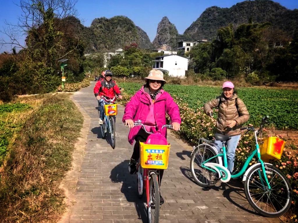 Kinesiske turister - Yangshuo (c) Per Sommer